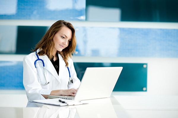 نرم افزار CRM مراکز درمانی